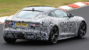 Jaguar F-Type - spied - rear cornering