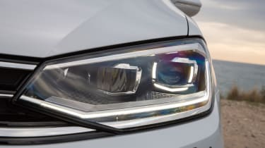 VW Golf SV - headlight