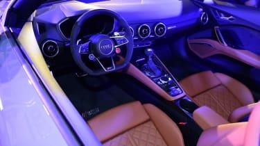 Audi TT RS 2016 - interior
