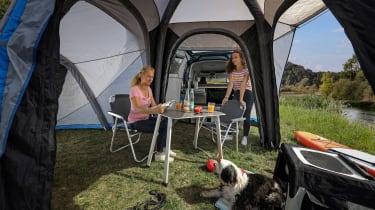 VW Caddy California - tent