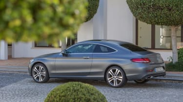 Mercedes C300 Coupe - side