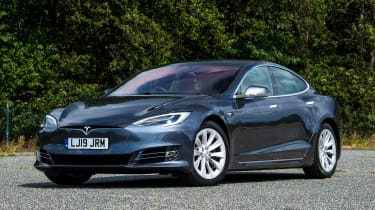 Tesla Model S Long Range - front static