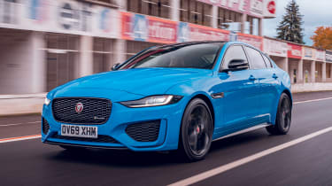 Jaguar XE Reims Edition - front action