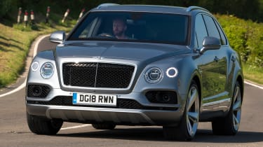 Bentley Bentayga V8 - Front Cornering