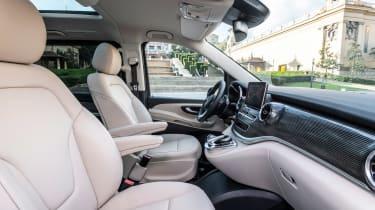 Mercedes V-Class - front seats