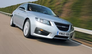 Saab 9-5 Saloon front tracking