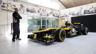 Renault Sport Formula One™ front quarter