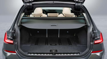 BMW 3 Series Touring - studio boot cover