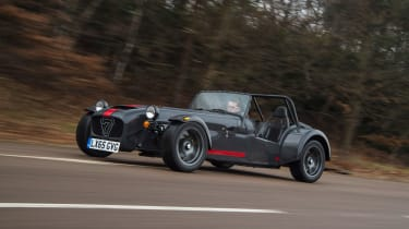 Caterham 620S - front tracking