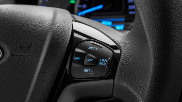 Ford Ka+ - steering wheel