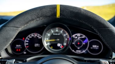 Porsche Cayenne Coupe Turbo GT - dials