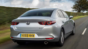 Mazda 3 saloon - rear tracking