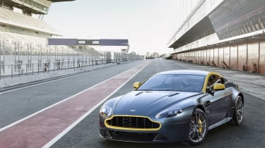 Aston Martin V8 Vantage N430 front