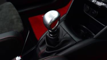 Peugeot 208 GTi - transmission