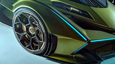 Lamborghini Lambo V12 Gran Turismo - headlights