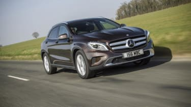 Mercedes GLA - front tracking