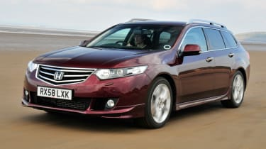 Honda Accord Tourer front tracking