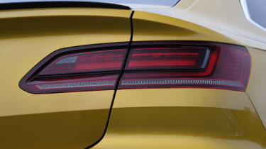 volkswagen arteon rear light