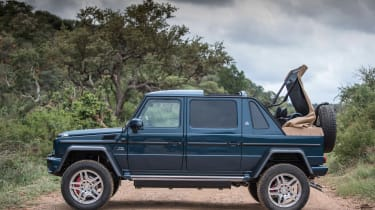 Mercedes-Maybach G 650 Landaulet - roof closing