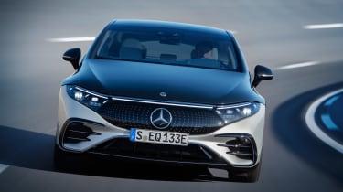 Mercedes EQS - front cornering