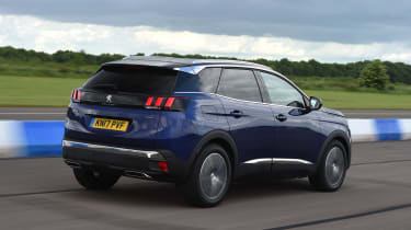 Used Peugeot 3008 Mk2 - rear tracking
