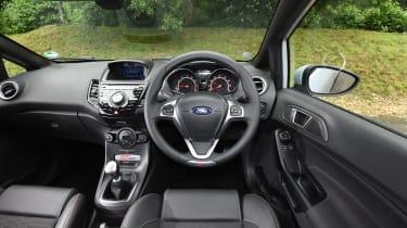 Ford Fiesta ST200 - interior