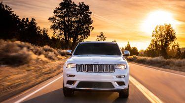 Jeep Grand Cherokee Summit - full front