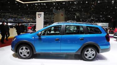 Dacia Logan MCV Stepway Geneva - side
