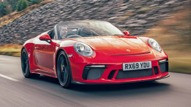 Porsche 911 Speedster - front tracking