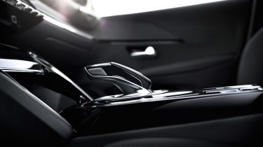 Peugeot 208 - transmission
