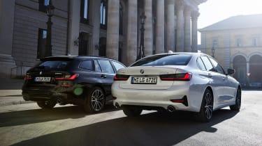 BMW 330e - range rear