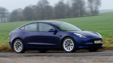 Tesla Model 3 Long Range - side