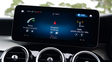 Mercedes GLC 220 d  - infotainment