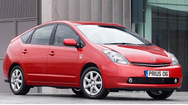 Best cars for under £5,000 - Toyota Prius