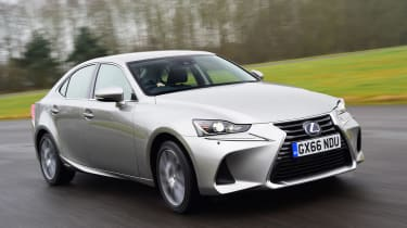 Lexus IS 300h - front
