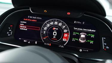 Audi R8 RWS - dials