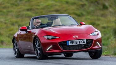 Mazda MX-5 1.5 - front action