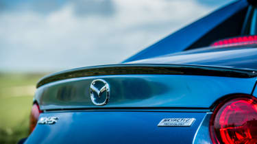 Mazda MX-5 RF Sport Black - tailgate