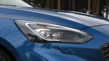 Ford Focus ST - headlight