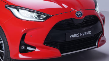 Toyota Yaris - front grille studio