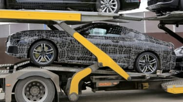 BMW 8 Series - spy shot side loaded