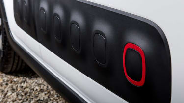 Citroen C3 - air bumps