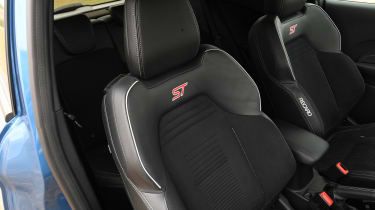 Ford Fiesta ST - front seats