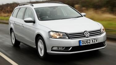 Volkswagen Passat Estate front tracking