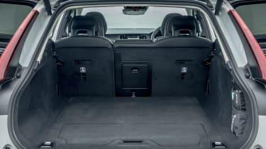 Volvo V90 Cross Country 2017 UK - boot
