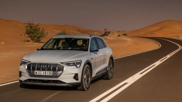Audi e-tron front tracking