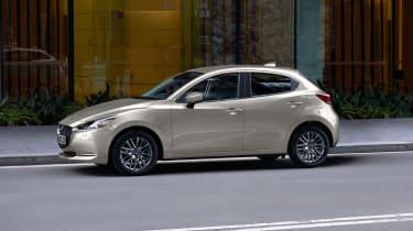Mazda 2 2021 side