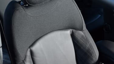 MINI Cooper 5dr front seat