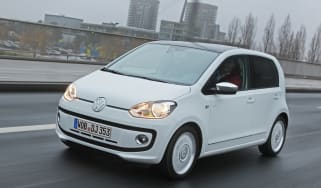 VW up! 5-door front tracking