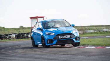 Ford Focus RS group - front tracking
